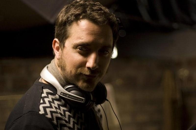No: il regista Pablo Larraín sul set del film