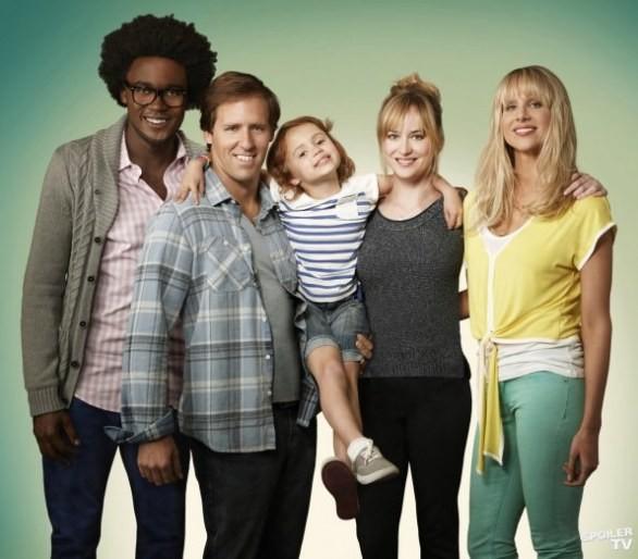 Una foto promozionale per il cast della serie tv Ben And Kate