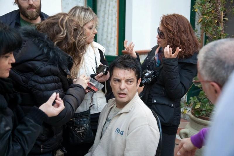 Fallo per Papà: Ciro Ceruti sul set del film durante una seduta di make-up