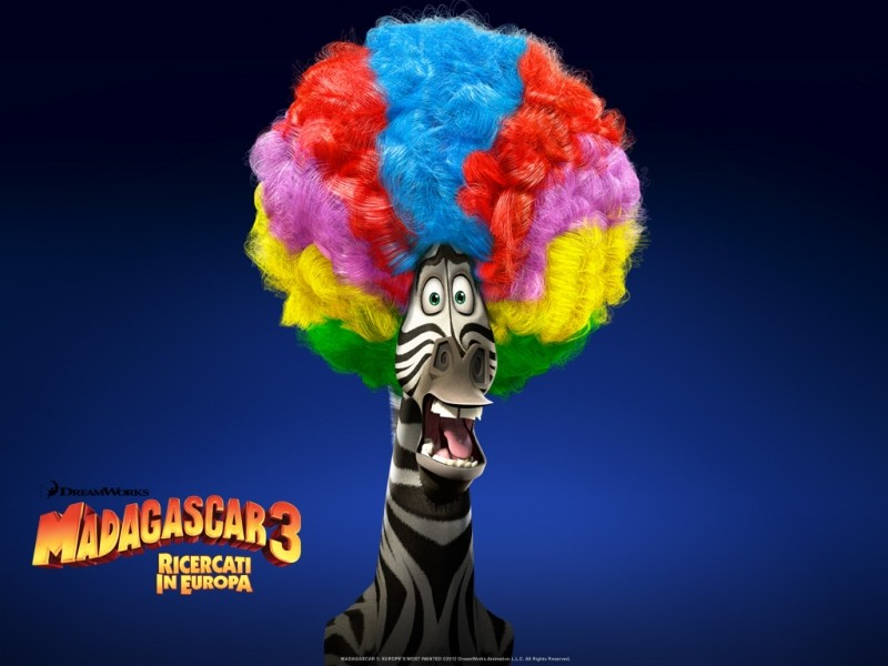 Madagascar 3: Marty la zebra in uno dei coloratissimi wallpaper italiani del film