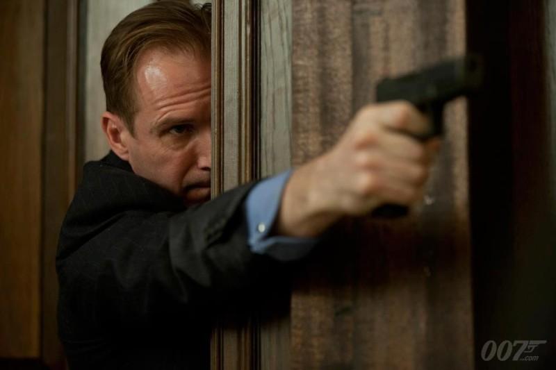 007 - Skyfall: Ralph Fiennes in una scena del film