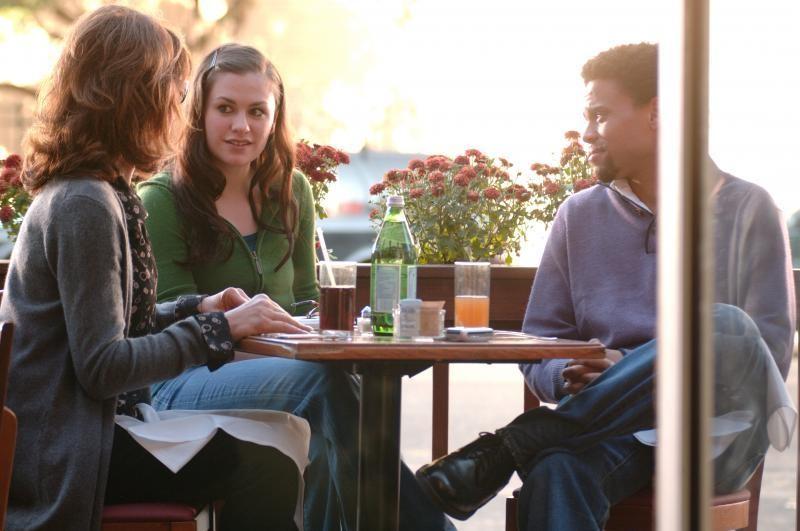 Margaret: la protagonista del film Anna Paquin in una scena del film con Michael Ealy