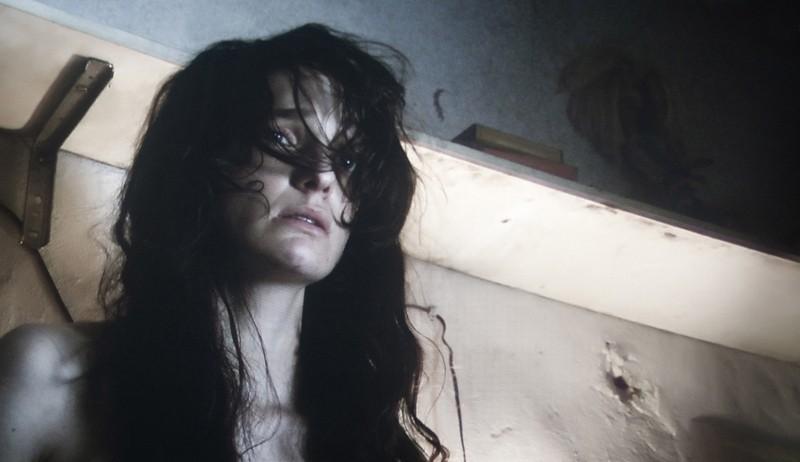 Paura: Francesca Cuttica in una drammatica scena del film