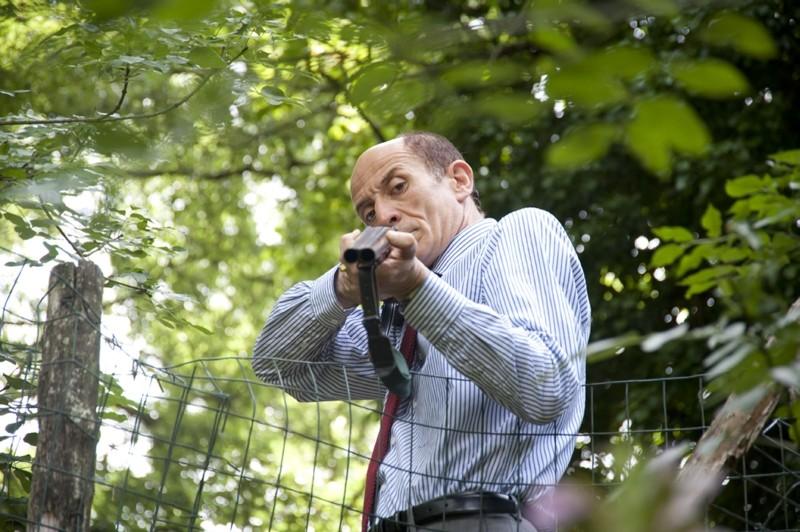 Paura: Peppe Servillo minaccioso in una scena del film