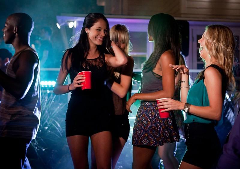 Project X - una festa che spacca: Alexis Knapp insieme alle sue amiche in una scena del film