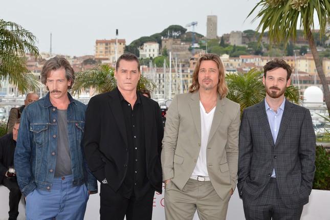 Ben Mendelsohn, Ray Liotta, Brad Pitt e Scoot McNairy a Cannes al photocall di Killing Them Softly