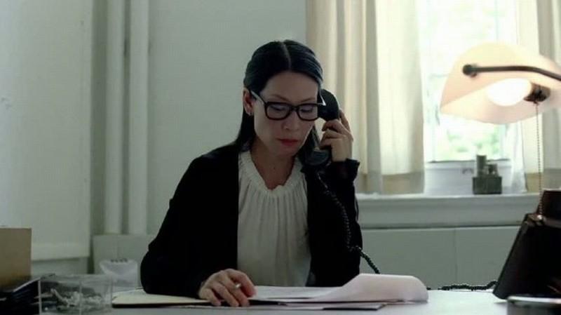 Detachment - Il distacco: Lucy Liu nei panni della dottoressa Doris Parker in una scena del film