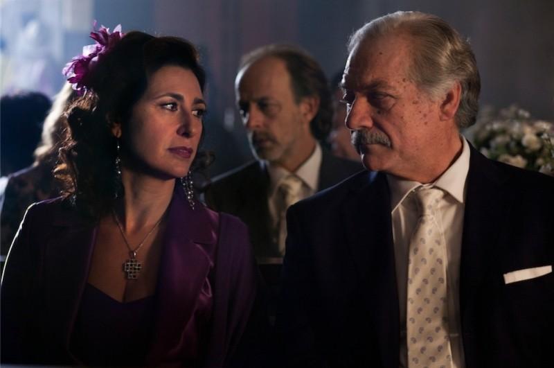 Qualche nuvola: Giorgio Colangelio e Antonella Attili in una scena del film