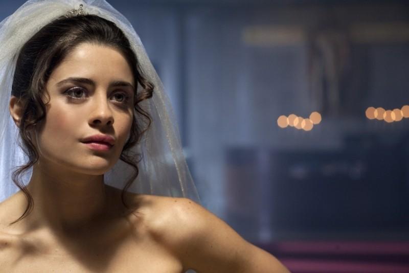 Qualche nuvola: Greta Scarano a nozze in una scena del film diretto da Saverio Di Biagio
