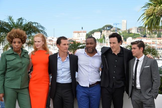 Macy Gray, Nicole Kidman, Matthew McCounaghey, Lee Daniels, John Cusack e Zac Efron a Cannes prima della conferenza stampa di The Paperboy