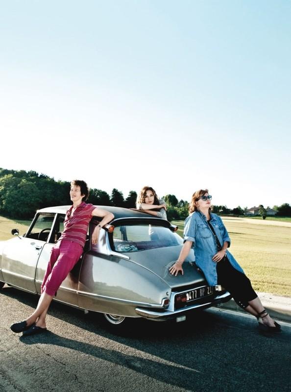 Adorabili amiche: Jane Birkin, Caroline Cellier e Catherine Jacob in un'immagine promozionale