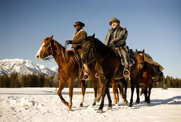 Christoph Waltz e Jamie Foxx attraversano le pianure innevate in Django Unchained