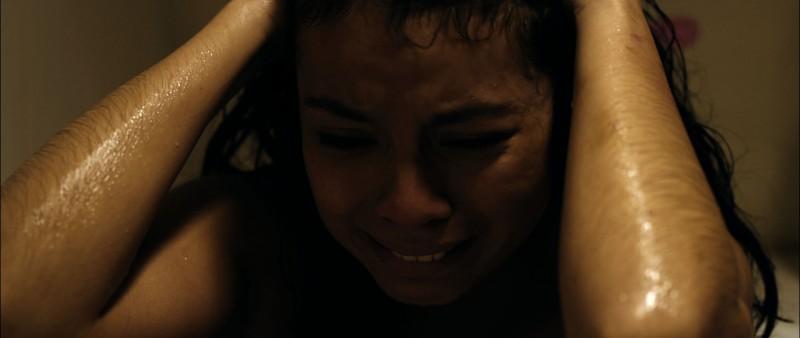 Una scena del dramma Evelyn di Isabel Ocampo