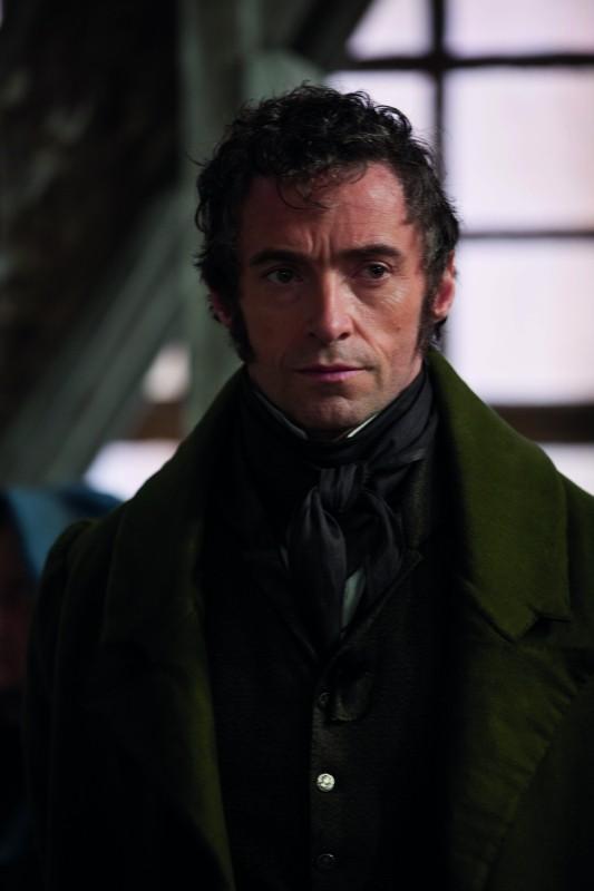 Les Misérables: Hugh Jackman nei panni dell'ex prigioniero Jean Valjean in una scena del film