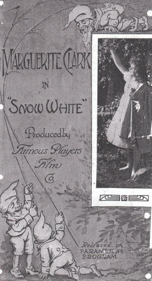 Snow White: la locandina del film