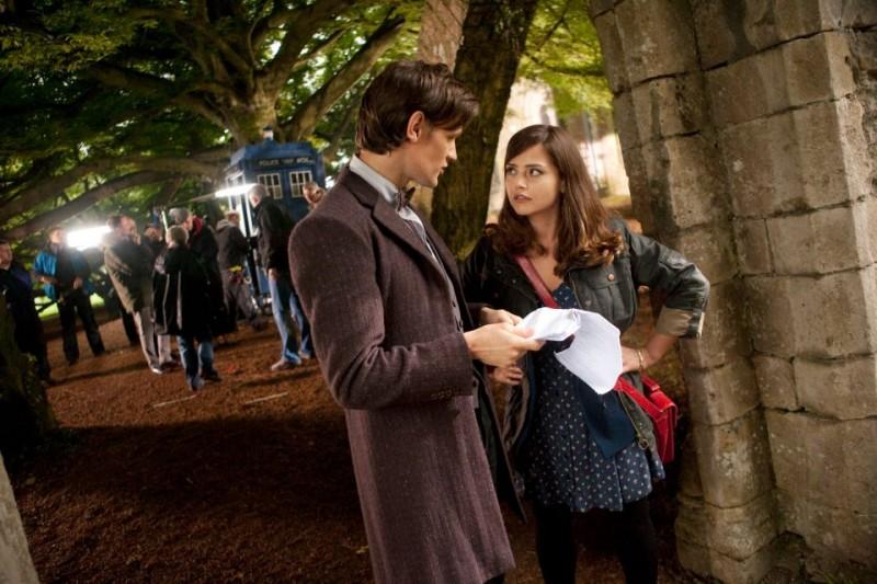 Doctor Who: una nuova foto di Matt Smith e Jenna-Louise Coleman sul set della stagione 7