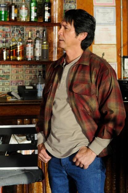 Longmire: Lou Diamond Phillips nel pilot della serie