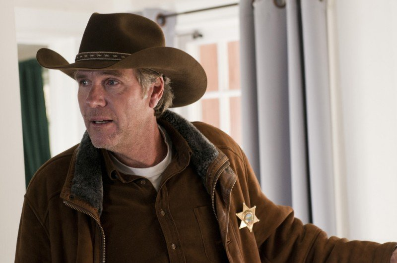Longmire: Robert Taylor nell'episodio The Dark Road