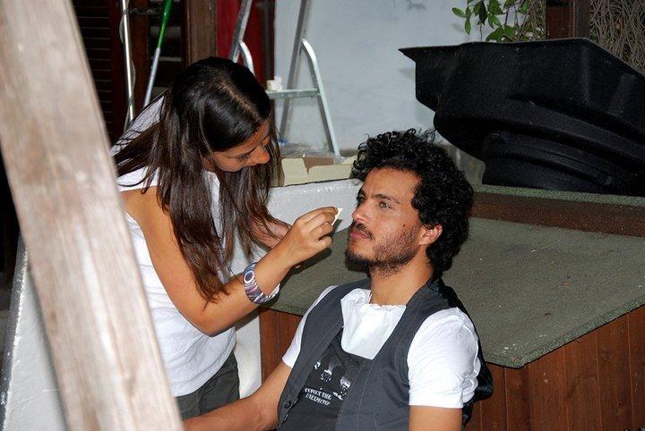 Mohamed Zouaoui al trucco