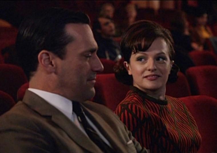 Elisabeth Moss e Jon Hamm nell'episodio The Phantom della quinta stagione di Mad Men