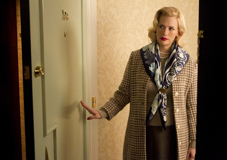 January Jones nell'episodio Dark Shadows della quinta stagione di Mad Men