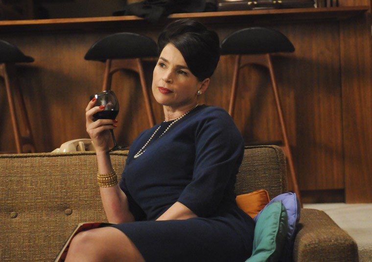 Julia Ormond nell'episodio The Phantom della quinta stagione di Mad Men