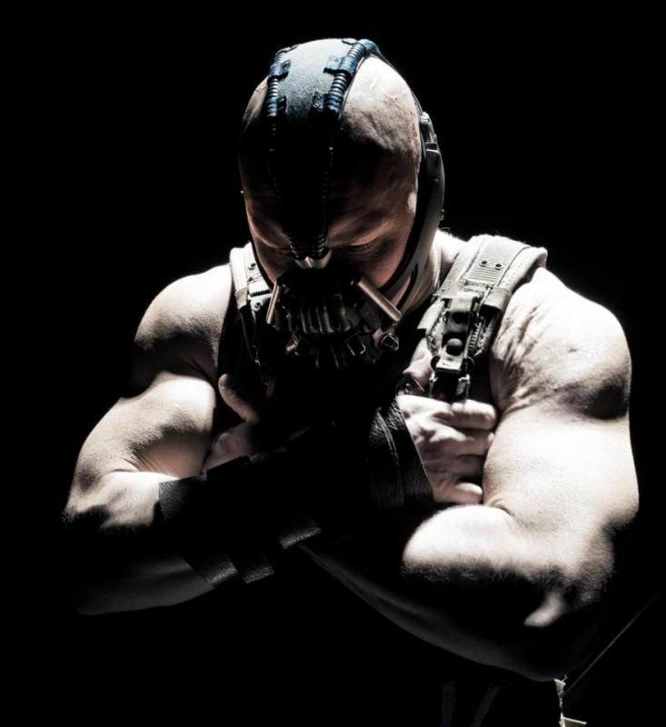 Il cavaliere oscuro - Il ritorno: Tom Hardy in una scena del film