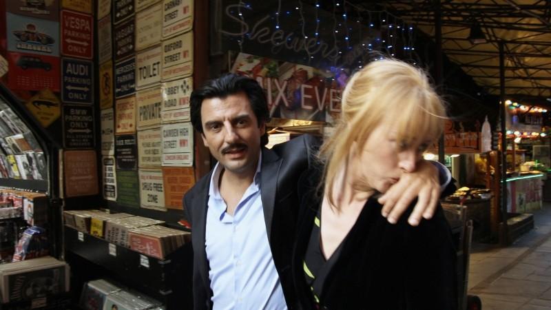 Venti Anni: Lea Gramsdorff ed Enrico Ianniello in un'immagine dal set