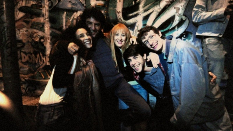 Venti Anni: una foto di gruppo sul set