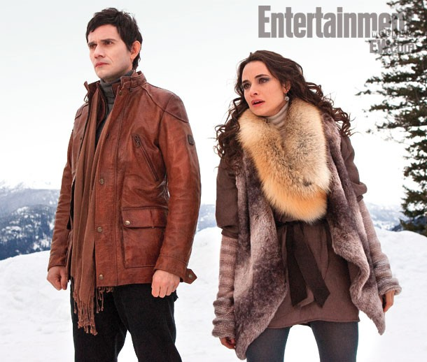 Christian Camargo e Mia Maestro in una scena di Twilight Saga: Breaking Dawn - Parte 2