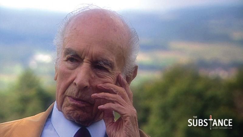 Albert Hoffman in una scena del documentario The Substance - Albert Hofmann's LSD