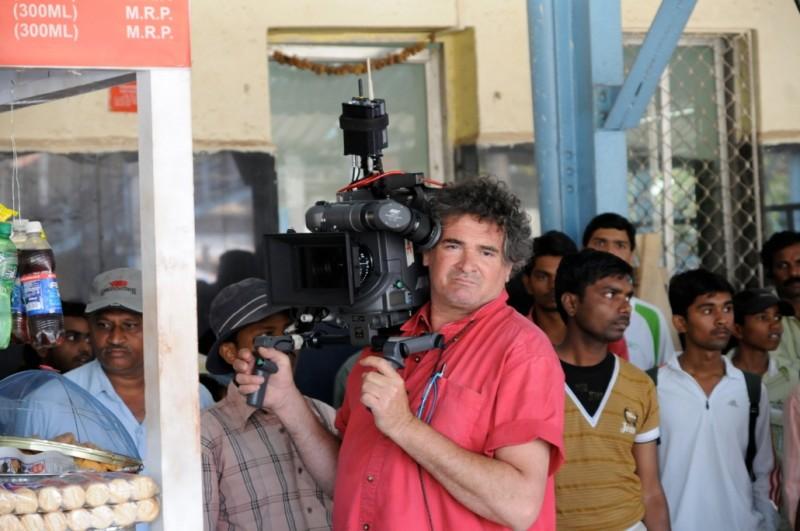Nicola Pecorini impegnato sul set