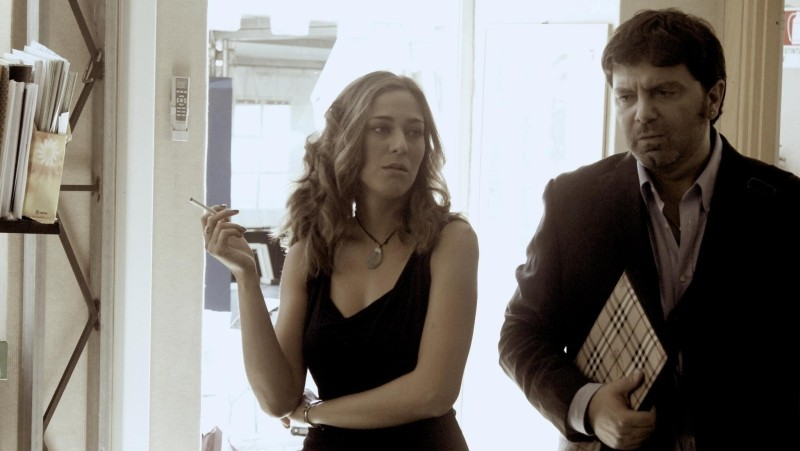 Cronaca di un Assurdo Normale: Roberta Maria Radossi e Stefano Calvagna in una scena