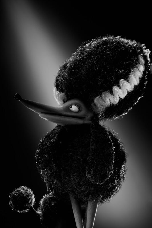 Frankenweenie: il character portrait di Persefone, la barboncina nera che flirta con Sparky
