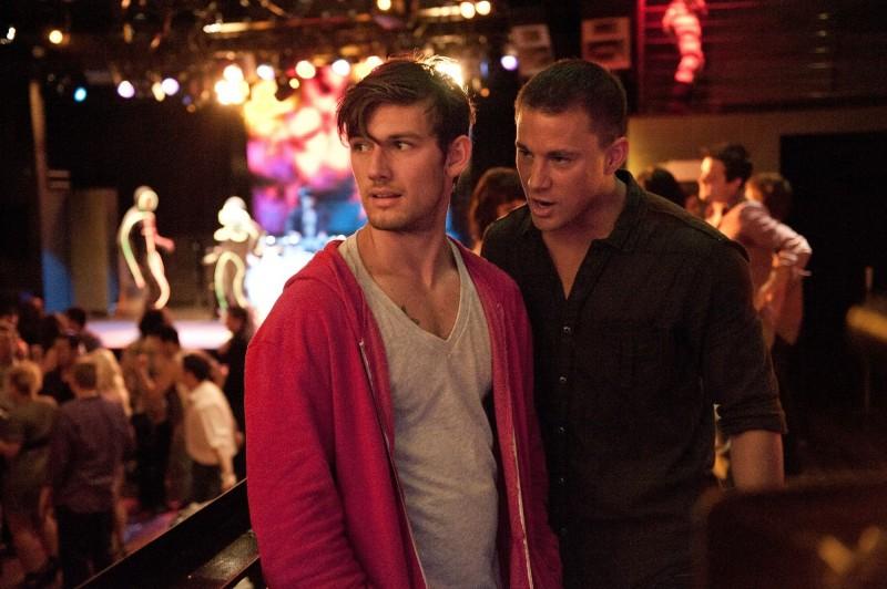 Alex Pettyfer con Matthew McConaughey in Magic Mike