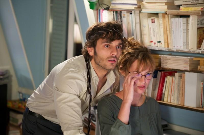 Travolti dalla cicogna: Louise Bourgoin e Pio Marmaï in un'immagine del film