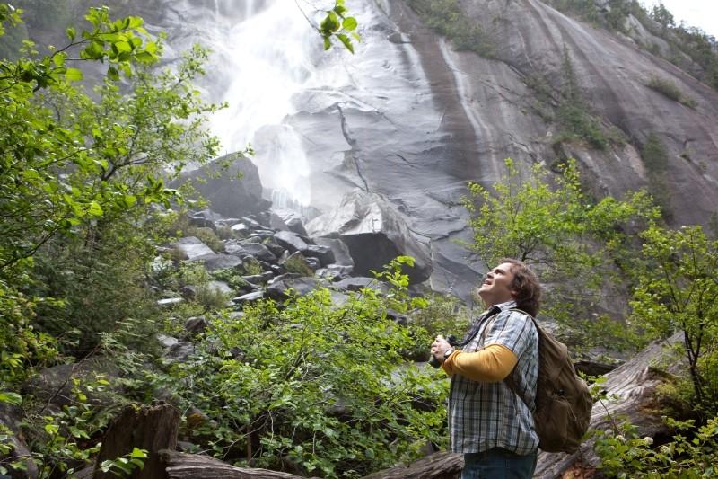 Un anno da leoni: Jack Black in una scena del film ammira le meraviglie della natura