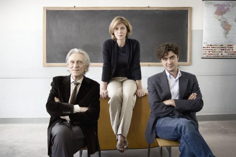 Il rosso e il blu: Roberto Herlitzka con Margherita Buy e Riccardo Scamarcio in una foto promozionale del film