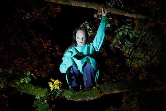 Grimm: Valerie Cruz in una scena dell'episodio Organ Grinder