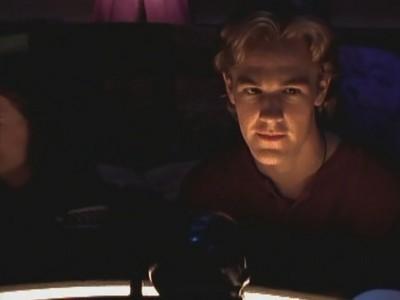 James van Der Beek in un momento dell'episodio Venerdì 13 della serie Dawson's Creek
