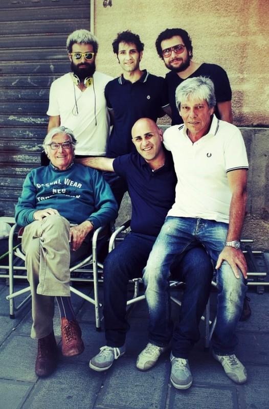 Sul set del film Il pesce pettine: Blasco Giurato, Salvatore Scarico, Fabio Lanciotti, Attilio Lambiase, Eduardo Milanese, Mauro Paolucci