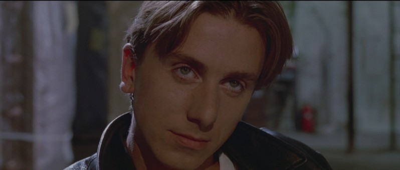 Tim Roth nei panni di Mr. Orange in una scena de Le Iene