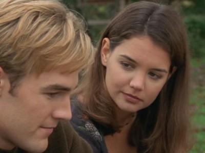 James van Der Beek e Katie Holmes nell'episodio Amici per sempre della serie Dawson's Creek