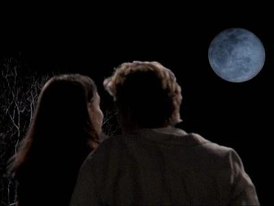 James van Der Beek e Katie Holmes nell'episodio Luna piena della serie Dawson's Creek