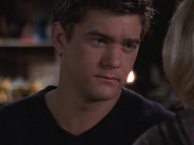 Joshua Jackson nell'episodio Segreti e bugie della serie Dawson's Creek
