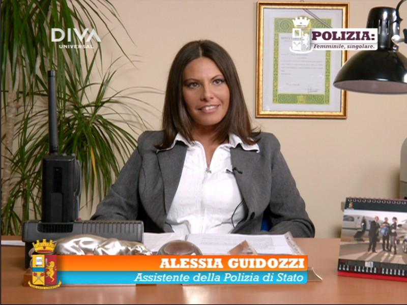 Polizia: femminile, singolare. In difesa delle donne: un'immagine tratta dal programma di Diva Universal