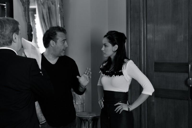 Elena Cucci con il regista Andrea Costantini sul set de Il commissario Rex