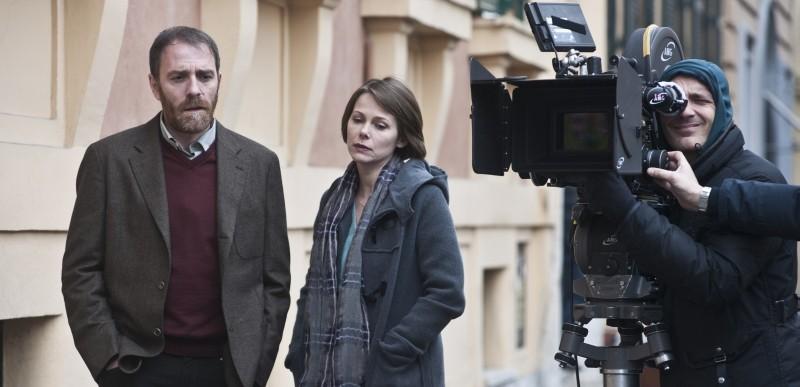 Gli equilibristi: Valerio Mastandrea e Barbora Bobulova sul set del film