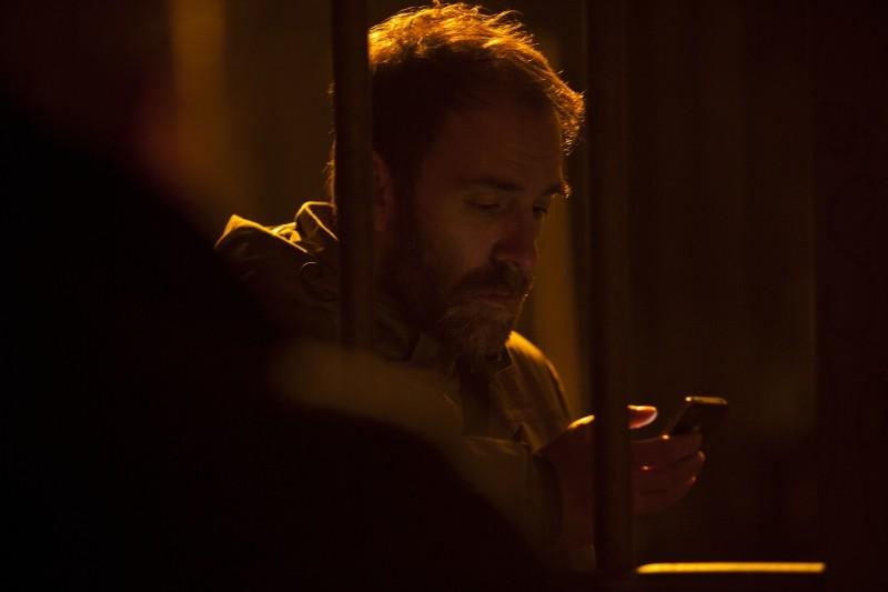 Gli equilibristi: Valerio Mastandrea in un'immagine tratta dal film