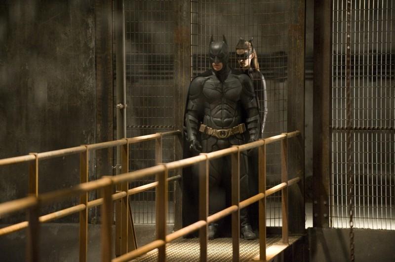 Il cavaliere oscuro - Il ritorno: Christian Bale e Anne Hathaway sono Batman e Catwoman in una scena